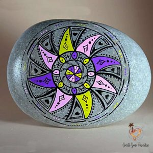 Galet Mandala Peint à la main